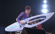 imma24: Surfboard Guitar