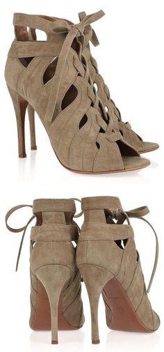 Alaïa Cutout Lace-Up Sandals ♥