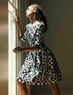 Printed silk twill 1950s inspired dress..x