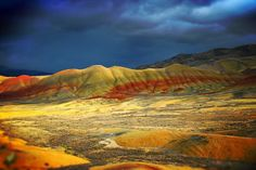 The Painted Hills at Oregon's Cascade Range. | Geology IN