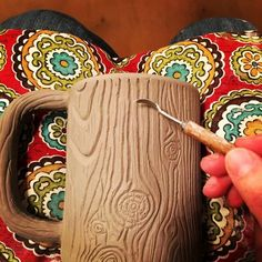 16 Ideas for coffee art diy great gifts Pottery Gifts, Pottery Mugs, Handmade Pottery, Pottery Art, Pottery Wheel, Clay Mugs, Ceramic Clay, Slab Pottery, Ceramic Pottery