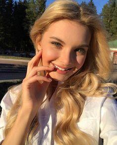 Polina Popova Miss Russia 2017