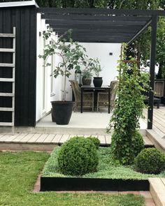 Min Trädgård, skapad av mycket jobb & ännu mer kärlek...