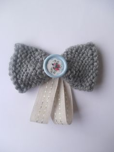 A Spoonful of Crafts: Nemme striksløjfer / Knitted Bows - Very Easy