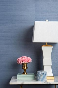 This blue grasscloth wallpaper is gorgeous! It's the finest quality natural grasscloth by one of the world's oldest and most respected manufacturers.