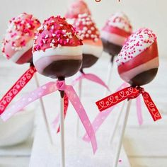Great chocolate covered strawberry treats for valentine's