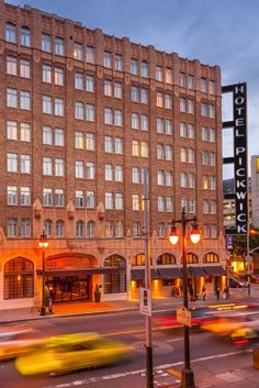 Make the Pickwick Hotel your San Francisco hotel you choose during your trip! #travel #sf #hotel