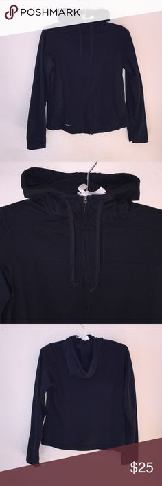 Columbia Zip Up Size women's S, great condition. Super soft. Includes hood and drawstring!Feel free to ask any questions! Columbia Jackets & Coats