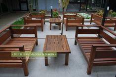 Mesas Ratonas para Restaurantes Rustic Outdoor Sofas, Diy Outdoor Furniture, Deck Furniture, Outdoor Decor, Wooden Sofa Set Designs, Chair Design Wooden, Sofa Design, Outdoor Living Rooms, Gold Home Decor
