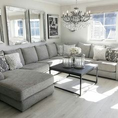 I like the grey couch, light carpet, black table Your room flooring is important. Living Room Grey, Home Living Room, Living Room Furniture, Living Room Designs, Living Room Decor, Living Spaces, Deco Design, Living Room Inspiration, Home Remodeling