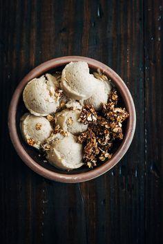 Banana Ice Cream w/ Chocolate Rawnola