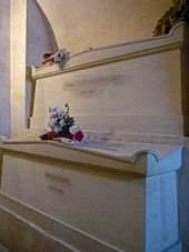 Tomb of Pierre and Marie Curie, Panthéon, Paris Marie Curie, Famous Tombstones, Famous Graves, Ville France, French History, Momento Mori, Physicist, Anything Is Possible, Nobel Prize