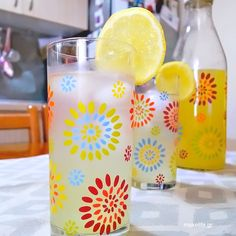 homemade-lemonade Homemade Lemonade, Dessert Recipes, Desserts, Greek Recipes, Pillar Candles, Table Decorations, Food, Home Decor, Kitchens