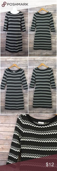 """Multi-color Knit Zig Zag Print Sweater Dress Calvin Klein sweater dress. Size M.  Worn many times but it has plenty of life left. Some wash wear and pilling but overall, it's still in fairly good condition. Has a small marking on the front (shown in the 4th photo).  D E T A I L S  * Zig zag pattern * 3/4 sleeves * Unlined  * 90% acrylic and 10% polyester   M E A S U R E M E N T S  * Underarm to underarm - 17"""" inches across * Waist - 14.5"""" inches across  * Length - 39"""" inches Calvin Klein…"""