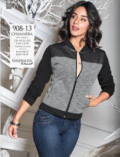 Esmeralda luce chamarra en color gris-negro