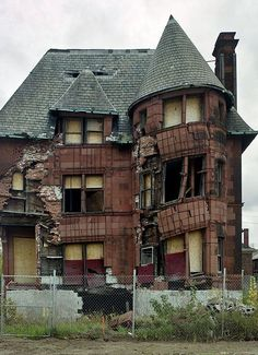 261 best images about abandoned places-ruins,homes,towns ...
