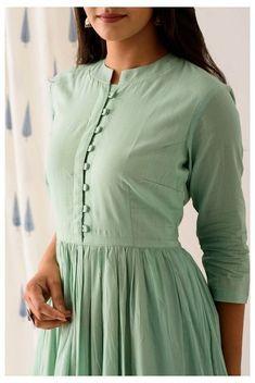 Kurti Sleeves Design, Kurta Neck Design, Sleeves Designs For Dresses, Dress Neck Designs, Simple Kurta Designs, New Kurti Designs, Kurta Designs Women, Latest Anarkali Designs, Long Dress Design