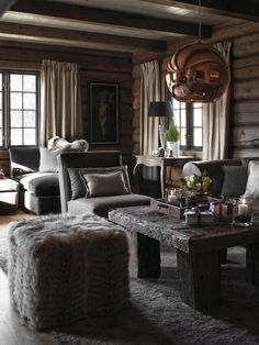 Love the introduction of copper into a chalet design Cabin Design, Home Interior Design, House Design, House Interior, Home, Living Room Decor Rustic, Log Homes, Warm Interior, Cabin Living