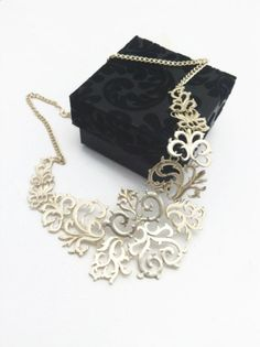Golden metal vintage style necklace  Mothers by Themagicofcolors, $25.00
