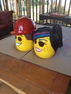 Masks Lego Costume, Halloween Costumes, Lego Movie, Bicycle Helmet, Masks, Diy, Bricolage, Halloween Costumes Uk, Cycling Helmet