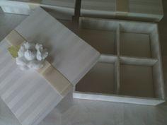 lembrança madrinhas - casamento branco com camélias - caixa com divisórias para 04 bem casados.R$42,00