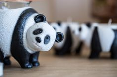 Fragrance And Home Décor Candle Companies, Best Candles, Panda Bear, Decoration, Candle Holders, Fragrance, The Incredibles, Cool Stuff, House Styles