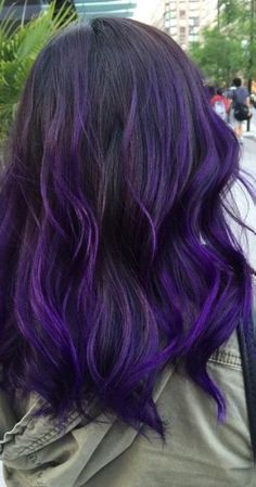 Hair Black Purple Dip Dye 59 Ideas You are in the right place about short purple hair Here we Purple Hair Tips, Hair Colors For Blue Eyes, Deep Purple Hair, Bright Purple Hair, Purple Dip Dye, Purple Hair Highlights, Purple Wig, Hair Color Purple, Cool Hair Color