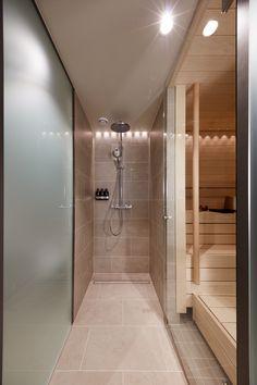 Bulevardi 28 koki perusteellisen muodonmuutoksen moderniksi Lapland Hotels -ketjun kaupunkihotelliksi. Kohteen suunnittelusta vastasi Arkkitehdit Soini & Horto.  Hotelli on Lapland Hotelsin kolmas kaupunkihotelli. Sisustuksessa korostuvat luonnon elementit ja pohjoisen mystiikka.Osassa hotellihuoneista on myös oma sauna, mikä lisää pohjoisen tunnelmaa.