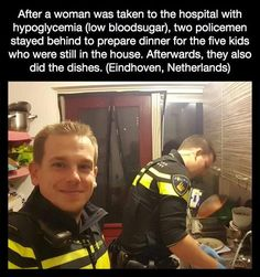 *Looks at the picture* Dear God that policeman is hot. *Looks at the picture* Dear God that policeman is hot. Sweet Stories, Cute Stories, Happy Stories, Human Kindness, Touching Stories, Faith In Humanity Restored, Dear God, Good People, Amazing People