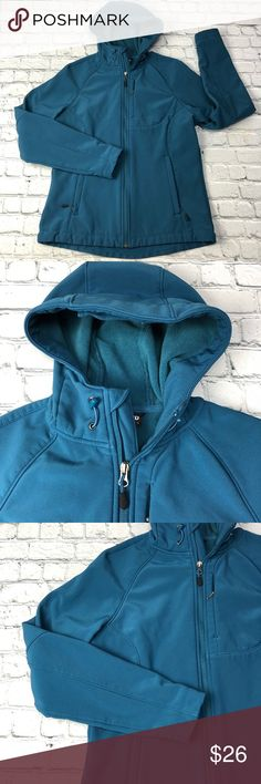 """Kirkland Fitted Hoodie Jacket Kirkland Womens Jacket Softshell Hooded Coat Full Zip Soft Lined Cinch Waist M, adjustable hood, chest zip pocket, zipper garage. minor pilling (see photos)  Size:Medium Type:Jacket Style:Softshell Brand:Kirkland Color:Dark Teal Measurements ~Underarm to Underarm: 21""""  Lengh: Front: 25""""    Back: 29"""" Condition:Gently used Country of Manufacture:Vietnam Kirkland Jackets & Coats"""