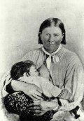 Cynthia Ann Parker was captured at the age of nine by a Comanche war band. She married Peta Nocona, and had three children including the Comanche chief Quanah Parker Cherokee History, Cherokee Woman, Cherokee Nation, Native American History, Native American Indians, Native Americans, Native Indian, Cherokee Indians, Texas History