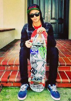 Nyjah Huston i wanna meet him:) Nyjah Huston, Skate 3, Pro Skaters, Skater Boys, Documentary Film, Celebs, Celebrities, My Guy, No One Loves Me