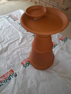 easy to make out of some clay pots Clay Flower Pots, Flower Pot Crafts, Clay Pot Crafts, Clay Pots, Garden Yard Ideas, Backyard Projects, Garden Crafts, Garden Projects, Bird Bath Garden