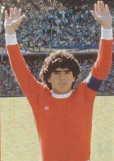 Diego con la de Argentinos Juniors en La Bombonera... siempre fue bien recibido...