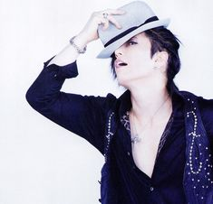 GACKT — ARENA37℃ August 2010, scan by pyroyale