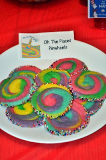 Dr. Seuss themed cookies I always read this book to my students on the last day of school. Cute cookies to go with it!