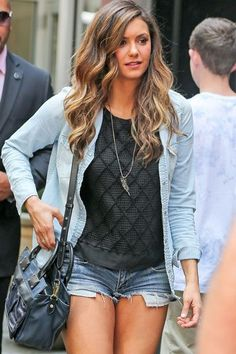 This is How Celebs Wear Jeans This Summer, and You Should Too!