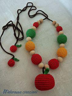Crochet amigurumi breastfeeding children necklace wood beads