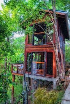 DIY Tree House Design art design landspacing to plant Beautiful Tree Houses, Cool Tree Houses, Future House, My House, Tree House Designs, Two Storey House, Story House, Cabins In The Woods, My Dream Home
