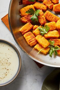 This butternut squash gnocchi recipe incorporates a creamy fontina cheese sauce to create the ultimate fall recipe meets comfort food. Whether you're looking to eat this butternut squash recipe as a cozy fall dinner or pack it for a leftover lunch, it's a great choice for a comfort food recipe. #comfortfood #fallrecipes #butternutsquash #butternutsquashrecipes #butternutsquashgnocchi #gnocchirecipes #pastarecipes Butternut Squash Gnocchi Recipe, Squash Recipe, Gnocchi Recipes, Pasta Recipes, Diet Recipes, Fontina Cheese, Fall Dinner, Cheese Sauce, Comfortfood