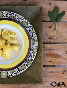 Olio e Aceto: Ricetta le raviole del plin allo zafferano con ricotta e fiori di zucca