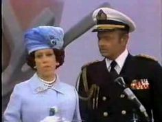Carol Burnett Show- Stinky with a very young Maggie Smith!