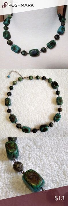 Dyed Jasper Stone 18 inch Necklace - Jasper pieces are approximately 11/16th inch in size. - Dyed in various shades of green and turquoise. - Extra chain allows the necklace to be worn at 16 inches and 18 inches. - Lobster claw silver tone clasp, works flawlessly. - Clean, no damage, no missing pieces. Jewelry Necklaces
