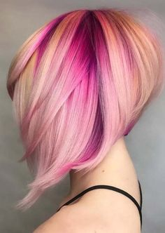 21 Best Short Stacked Bob Haircuts for Women 2018 Most fashionable and best styles of short stacked bob haircuts for women in See here our amazing styles of bob hair looks that are really amazing nowadays. Short Stacked Bob Haircuts, Short Stacked Bobs, Bob Haircuts For Women, Angled Bobs, Popular Haircuts, Short Cuts, Short Haircuts, Ponytail Hairstyles, Hairstyles Haircuts
