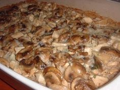 Taking On Magazines One Recipe at a Time: Marsala Chicken and Mushroom Casserole from Every Day with Rachael Ray, April 2009 Great Recipes, Dinner Recipes, Favorite Recipes, Food Dishes, Main Dishes, Chicken Mushroom Casserole, Food Network Recipes, Cooking Recipes, Chef Recipes