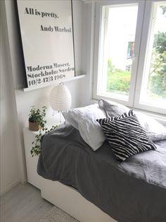 Minimalistic Artek bedroom vitra linen interior