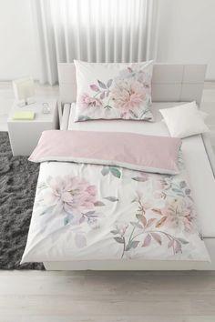 Bettwäsche im Blumendesign online bestellen Bed, Modern, Furniture, Home Decor, Trendy Tree, Stream Bed, Interior Design, Home Interior Design, Beds