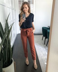 Cute Professional Outfits, Business Casual Outfits For Work, Stylish Work Outfits, Spring Work Outfits, Work Casual, Office Outfit Summer, Work Outfits For Women, Corporate Outfits For Women, Casual Office Outfits Women