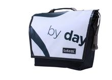 T3 Hip City Messenger By Night - $155 (http://www.totembags.ca/t3-hip-city-messenger-by-night/)