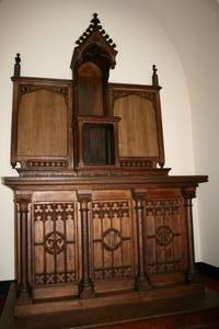 1 GOTHIC Altar